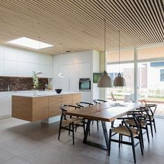 Wood Panel Walls, Wood Paneling, Timber Ceiling, Loft, Living Room Decor, Contrast, Interior Design, Ceilings, Table