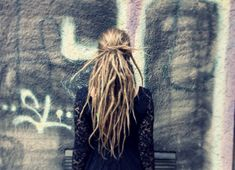 The Modern Braid for Ethnic Hair 2017 Dreadlocks Ethnic Hairstyles, Dreadlock Hairstyles, Loose Hairstyles, Pretty Hairstyles, Black Hairstyles, Wedding Hairstyles, Blonde Dreadlocks, Pretty Dreads, Beautiful Dreadlocks