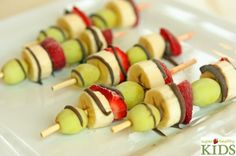 5 Favorite Summer Snacks from Super Healthy Kids (Frozen Fruit Kabobs) at 100 Days of #RealFood