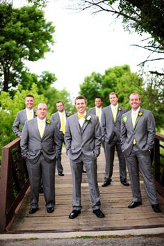 A Handmade Sweet & Lively Gray & Yellow Odyssey Country Club Wedding   Fab You Bliss