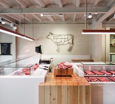 Sant Cugat (Barcelona) on Behance Butcher Store, Local Butcher Shop, Chips Restaurant, Resto Paris, Deli Shop, Meat Store, Container Shop, Meat Markets, Food Retail