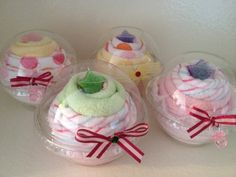 BabyCakes  baby shower cupcake made of towels by tamarashayne, $6.00    Such great gift idea.