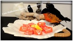 Great Halloween Tabletop Decoration Ideas - I really liked the crows!