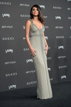 En 2014 instalada en el mundo fashionista, Selena Gomez es parte de los eventos de la moda más imporantes. Brilló con una pieza de alta costura bordada en piedras de Gucci