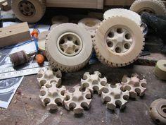 Wooden Models #166: Mag Wheel Making Jig - by htl @ LumberJocks.com ~ woodworking community Wooden Toy Wheels, Diy Wooden Toys Plans, Wooden Toy Trucks, Wooden Plane, Making Wooden Toys, Wooden Wheel, How To Make Toys, Wooden Art, Miniture Things