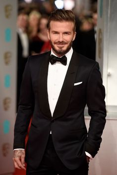 Mens wedding attire - Then there's David Beckham who's managed to combine getting hotter with age and a beautiful beard to be one of the most perfect specimens on the planet David Beckham Photos, David Beckham Suit, David Beckham Style, David Beckham Fashion, Black Suit Wedding, Wedding Men, Wedding Suits, Wedding Attire, Wedding Tuxedos