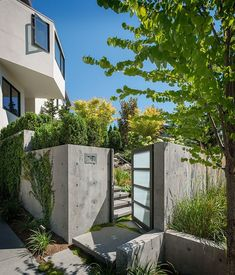 Madrona Residence by CCS Architecture