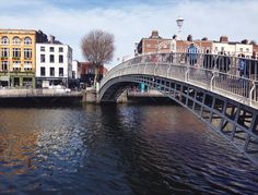 #NYU #London | The Ha'Penny Bridge over the River Liffey.