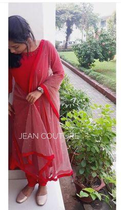 Best Ideas for dress pattern long fabrics Simple Kurta Designs, Kurta Designs Women, Dress Neck Designs, Designs For Dresses, Designer Anarkali Dresses, Designer Dresses, Designer Wear, Indian Designer Outfits, Indian Outfits