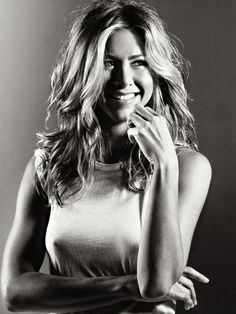 jenn aniston 14 Jennifer Aniston is 44 today and she hasnt aged a bit (25 photos)