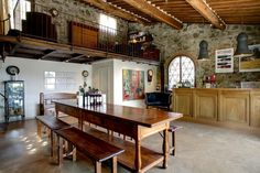 Our tasting room, a welcoming place to try our estate wines.