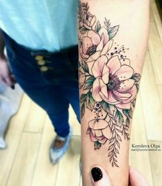 Arm Floral Tattoo Designs for Women 2019 - Page 19 of 50 - Flower Tattoo Designs 50 Arm Floral Tattoo Designs for Women 2019 - Page 19 of 50 - Flower Tattoo Designs Arm Floral Tattoo Designs for Women 2019 - Page 19 of 50 - Flower Tattoo Designs - Piercings, Piercing Tattoo, Pretty Tattoos, Beautiful Tattoos, Compass Tattoo, Tattoo Bunt, Geniale Tattoos, Inspiration Tattoos, Body Art Tattoos