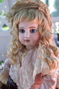 """Gorgeous 16"""" E7J with Spectacular Blue Spiral Eyes"""
