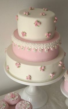 Pink and White Shabby Chic Vintage Baby Shower Cake, Three Tiered Baby Shower Cake Gorgeous Cakes, Pretty Cakes, Cute Cakes, Amazing Cakes, Fondant Cakes, Cupcake Cakes, Simple Fondant Cake, Cake Roses, Cakes With Roses