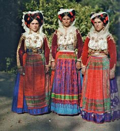 Europe | Portrait of thee Greek women wearing traditional clothing, The First Color Photographs of Greece, 1913
