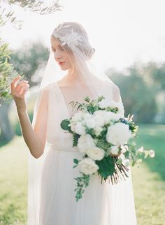Luminous and ethereal bridal shoot