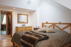 Tasteful Modern Loft Apartment with Bright Open Plan and High Ceilings | iDesignArch | Interior Design, Architecture & Interior Decorating eMagazine