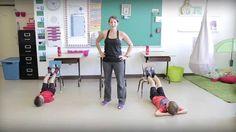 Bouge en classe avec Jeunes en santé #14 Physical Education Games, Health Education, Physical Activities, Motor Activities, Movement Activities, Team Building Activities, Yoga For Kids, Exercise For Kids, Gym Games