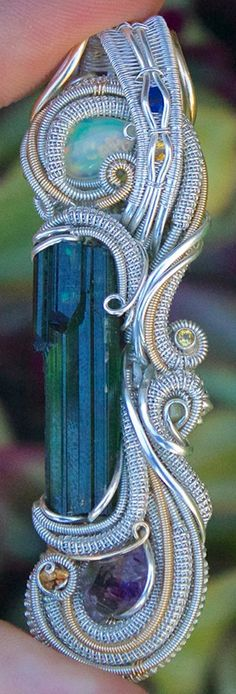 ©Nick Tendai Cooney #wirewrap #jewelry #wirewrapjewelry