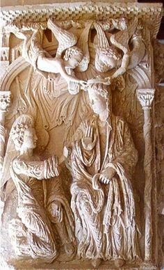 """Monasterio de Santo Domingo de Silos (Burgos). Decoración de uno de los machones del claustro, """"la anunciación de María"""", atribuído al 2º maestro, siglo XII. -Alfonso Espinosa"""