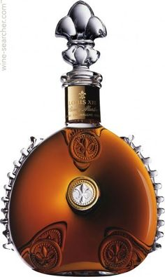 Remy Martin Louis XIII Rare Cask is a limited edition of the regular Louis XIII Cognac, with only 738 decanters will be released Alcohol Bottles, Liquor Bottles, Perfume Bottles, Cocktail Drinks, Fun Drinks, Alcoholic Drinks, Cocktails, Beverages, Vodka