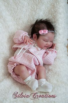 Pictures attached just show how reborn doll may look like when completed. When completed this baby will be long - depending on body used. Reborn Baby Dolls Twins, Bb Reborn, Reborn Baby Boy, Reborn Doll Kits, Silicone Reborn Babies, Silicone Baby Dolls, Newborn Baby Dolls, Toddler Dolls, Real Looking Baby Dolls