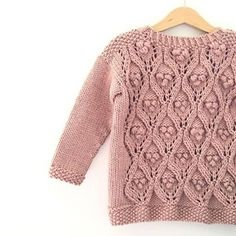 Ravelry: Olive's Chunky Lace pattern by Pernille Larsen Joining Yarn Knitting, Knitting Books, Knitting For Kids, Lace Patterns, Baby Knitting Patterns, Moss Stitch, Lace Sweater, Chunky Wool, Baby Sweaters