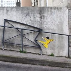 | 29 Clever Works Of Graffiti That Vastly Improved Their Surroundings