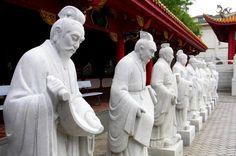Confucius Shrine (孔子廟 Kōshi-byō) in Nagasaki