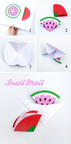 Printable fruity note cards // Triangular envelopes
