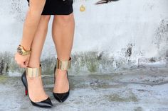 Wear wrist cuffs as ankle cuffs to add pizzazz to ordinary pumps.  I wonder how practical this is IRL.