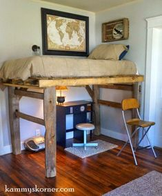 Fence Posts Plus A Pallet Equals…. A Rustic Loft Bed! Tobin's room isn't real large. But what makes it difficult to arrange is the fact that his little room has fiv… The post Fence Posts Plus A Pallet Equals…. appeared first on DIY Crafts. Pallet Diy, Diy Pallet Furniture, Diy Bed, Rustic Loft, Loft Bed, Pallet Loft Bed, Furniture, Pallet Projects Furniture, Pallet Beds