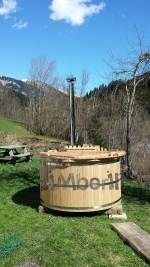 Gruezi Herr Albert, Wir haben den Badetopf gestern installiert. Sind sehr zufrieden über die  Qualität. Fass ist geliefert so wie abgemacht,  preis Leistung stimmt und ist sehr sorgfältig verschickt worden. Zum abladen braucht man  einen Hoflader, hat ziemlich Gewicht. Kann es nur weiter empfehlen! Vielen Dank. ..Erna Dijk