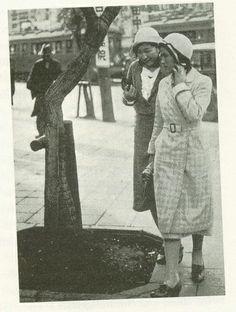 Modern Girls in Ginza, 1928