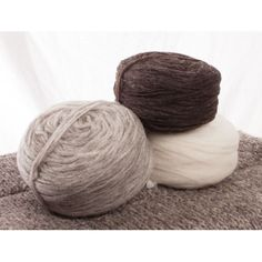 custom woolen mills - prairie wool bulky 2-strand wool : carded unspun wool - 3 natural colours