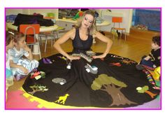 Adriane Zeni. Contadora de histórias Storybook Crafts, Plant Lessons, School Labels, Cute Halloween Costumes, Hand Puppets, Preschool Activities, Sunday School, New Trends, Diy For Kids