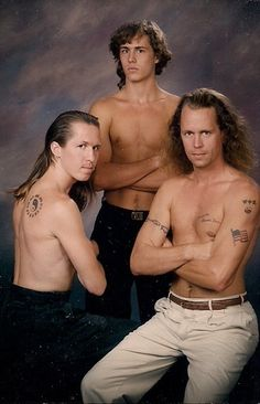I think this might be the most awkward of the Awkward Family Photos.