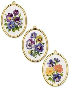 This Pin was discovered by Zar Fall Cross Stitch, Butterfly Cross Stitch, Cross Stitch Cards, Cross Stitch Rose, Cross Stitch Embroidery, Hand Embroidery, Cross Stitch Designs, Cross Stitch Patterns, Cross Stitch Landscape