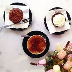 @bondisands enjoying some weekend vibes this morning at TCQ. Bon appetit lovely! #thecupcakequeens #slowSaturdays #cawfee #instore #online