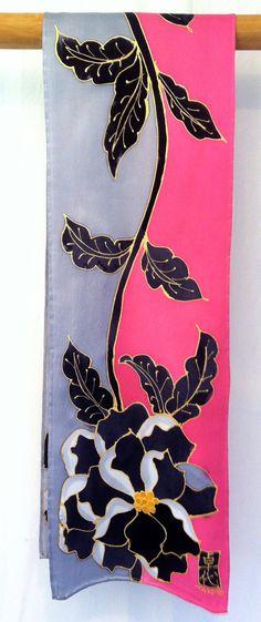 Jedwabny szal Japoński Czarne Piwonie Geisha Silk przez SilkScarvesTakuyo