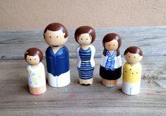 Custom family set of 5 por KrisTeenyTinys en Etsy