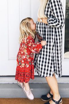 Big Sister @kwchamplin Little Kid Fashion, Toddler Fashion, Kids Fashion, Cute Family, Baby Family, Family Goals, Future Maman, Future Baby, Quoi Porter