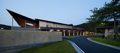 Casa do Clube Seowon Golf / ITM Yooehwa Architects + Itami Jun Architects