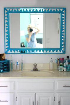 27 projetos que você mesmo pode fazer para dar uma animada em sua casa College House, College Apartments, Mirror Painting, Diy Painting, Brighten Room, Diy Casa, Idee Diy, Diy Mirror, Mirror Ideas