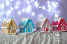Christmas houses; gingerbread house