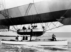 Aviation, rigid airship Zeppelin LZ 4, Lake Constance, King Wi... | Getty Images
