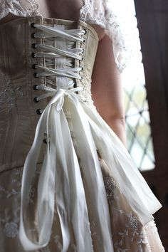 HOMEMADE wedding dresses pictures | Moody Marriage - Homemade wedding dress