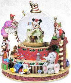 Disney Santa Mickey Snowglobe