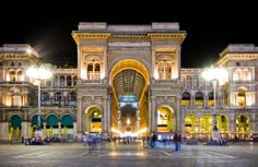 The Galleria Vittorio Emanuele II in Milan, Italy is one of the world's oldest shopping malls. Designed in 1861, it is named after the first king of the Kingdom of Italy and mainly contains luxury retail shops #Italy #Milan #StudentFlights #GoYourOwnWay #Travel