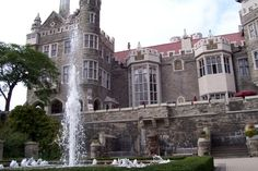Casa Loma, Toronto Places To See, Places Ive Been, Toronto, The Great White, Canada, Places Of Interest, Stuff To Do, Beautiful Places, To Go